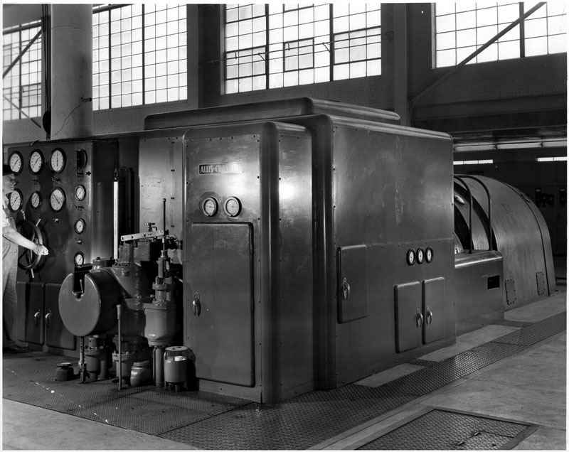 Allis-Chalmers 10,000-kilowatt condensing automatic extraction unit